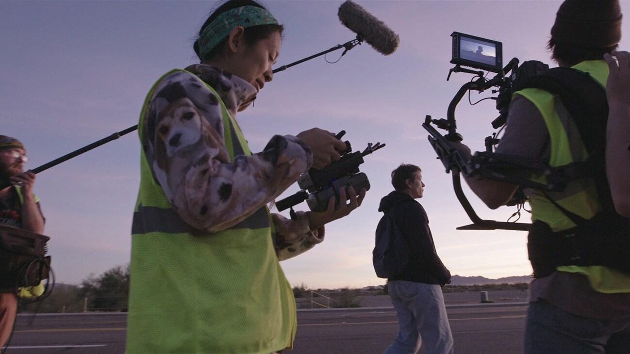 Director Chloé Zhao, cinematographer Joshua James Richards and Frances McDormand filming Nomadland