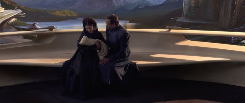 Bail Organa and wife adopt Leia