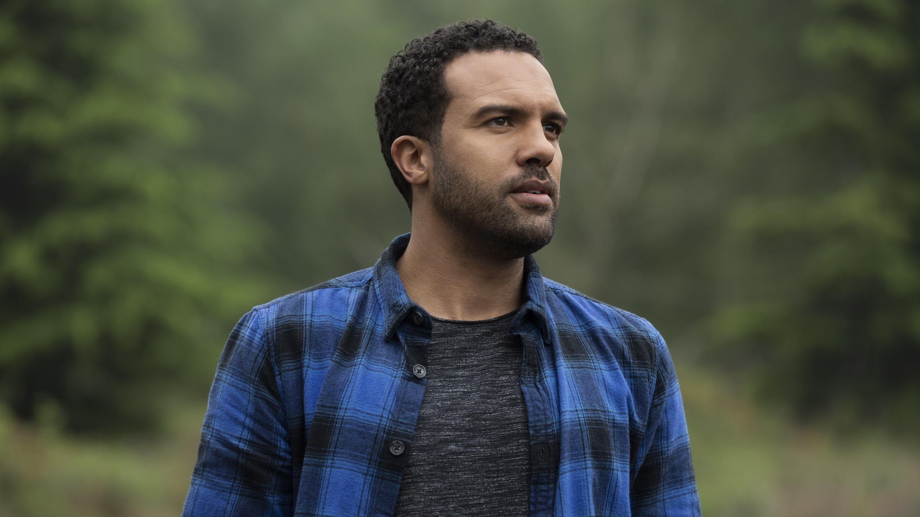 Mason (O-T Fagbenle) in Marvel Studios' BLACK WIDOW, in theaters and on Disney+ with Premier Access. Photo by Jay Maidment. ©Marvel Studios 2021. All Rights Reserved.