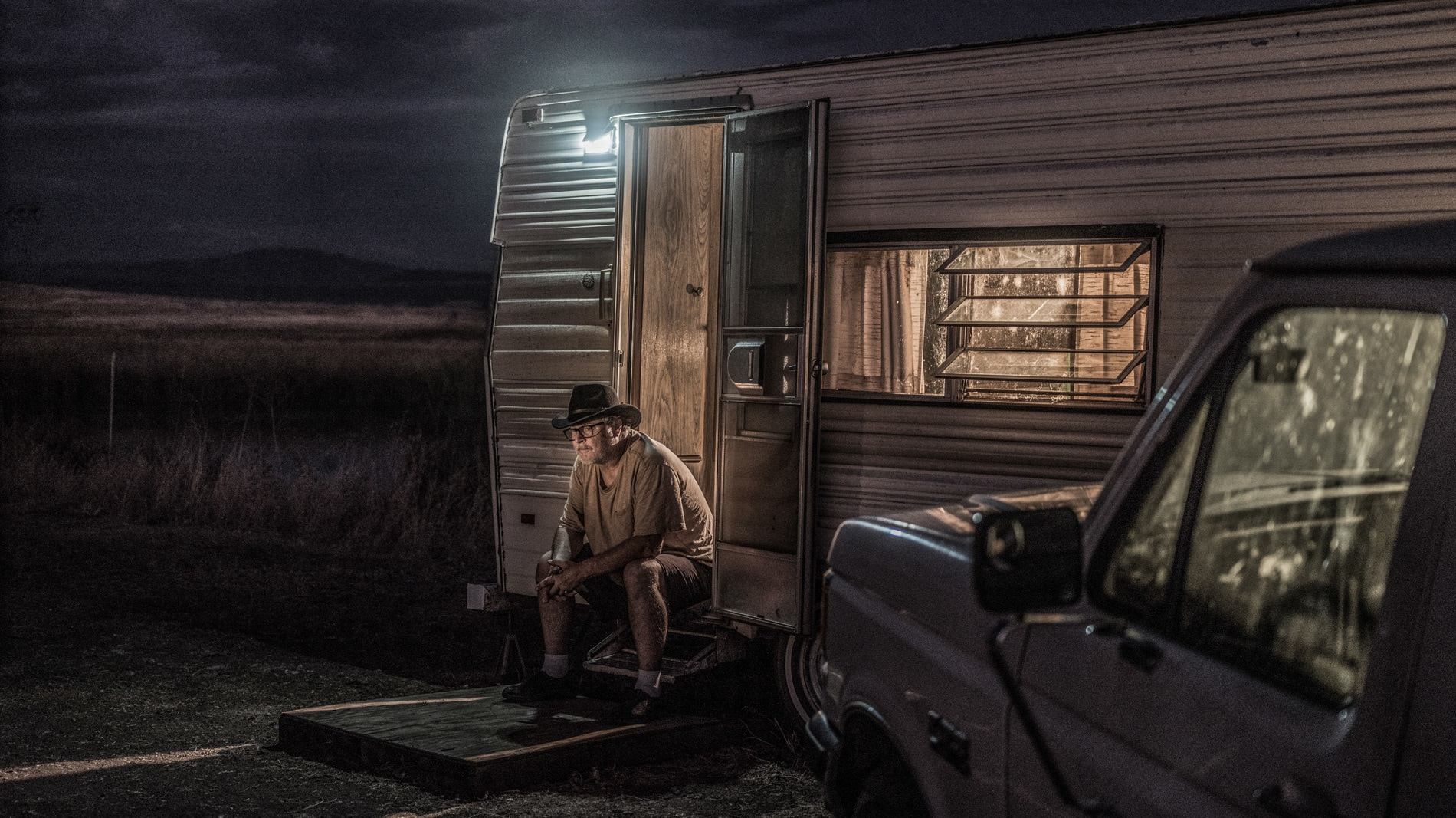 Dave Clemens at his trailer outside Paradise, CA. (National Geographic/Pete Muller)