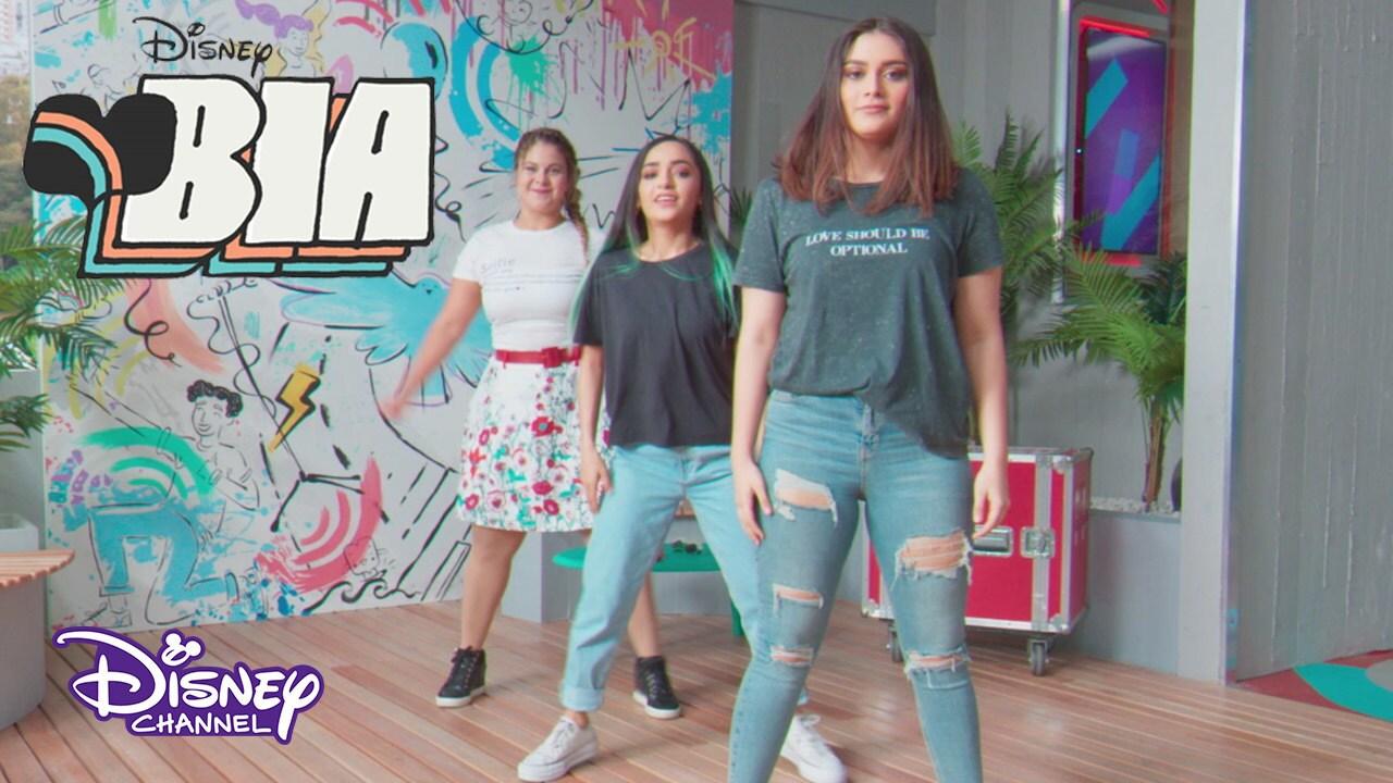 Daisy baila con Calle y Poché | BIA