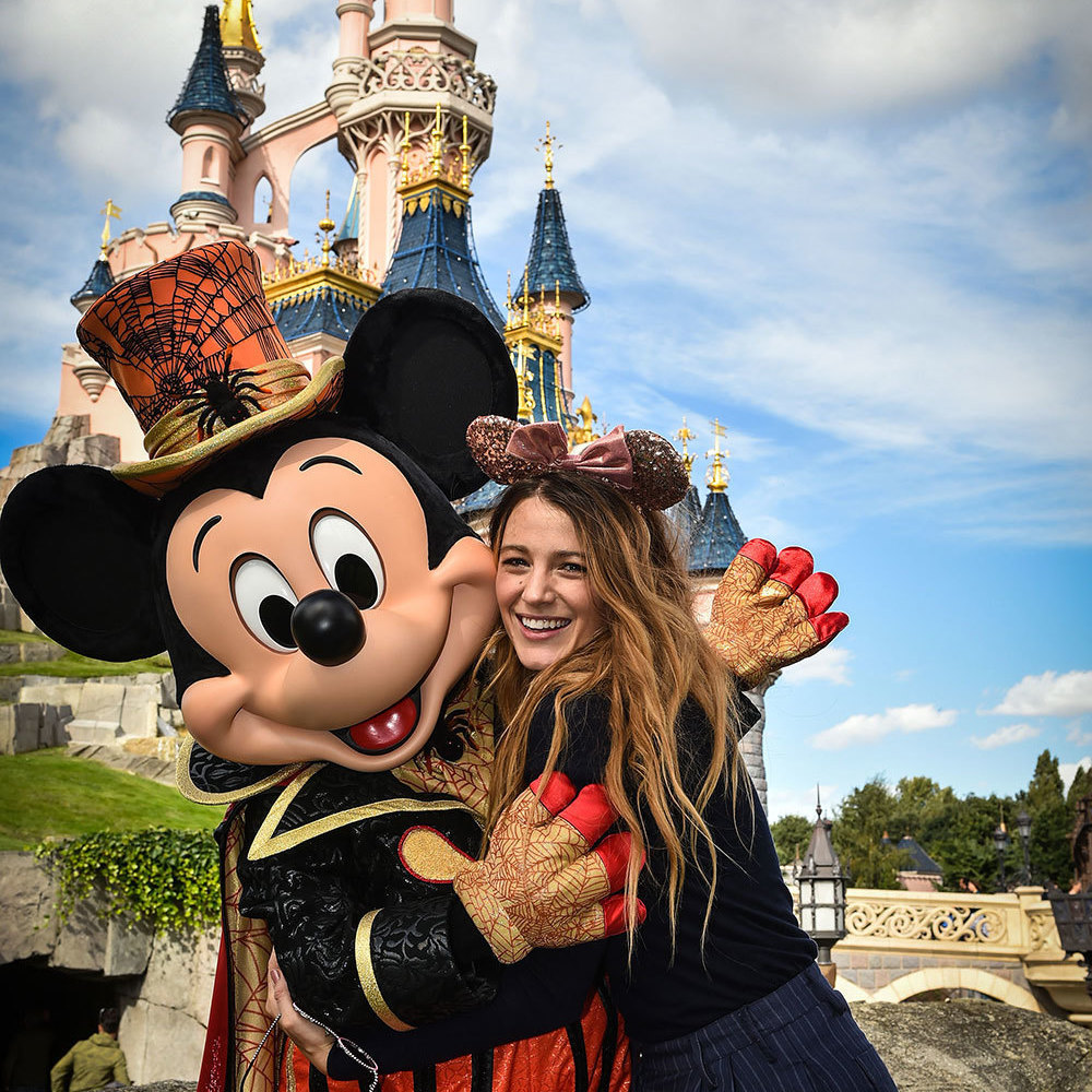 Get the Look: Blake Lively at Disneyland Paris