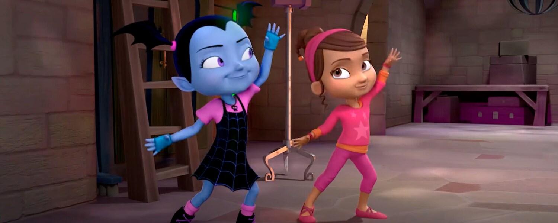 Vampirina e Poppy dançam