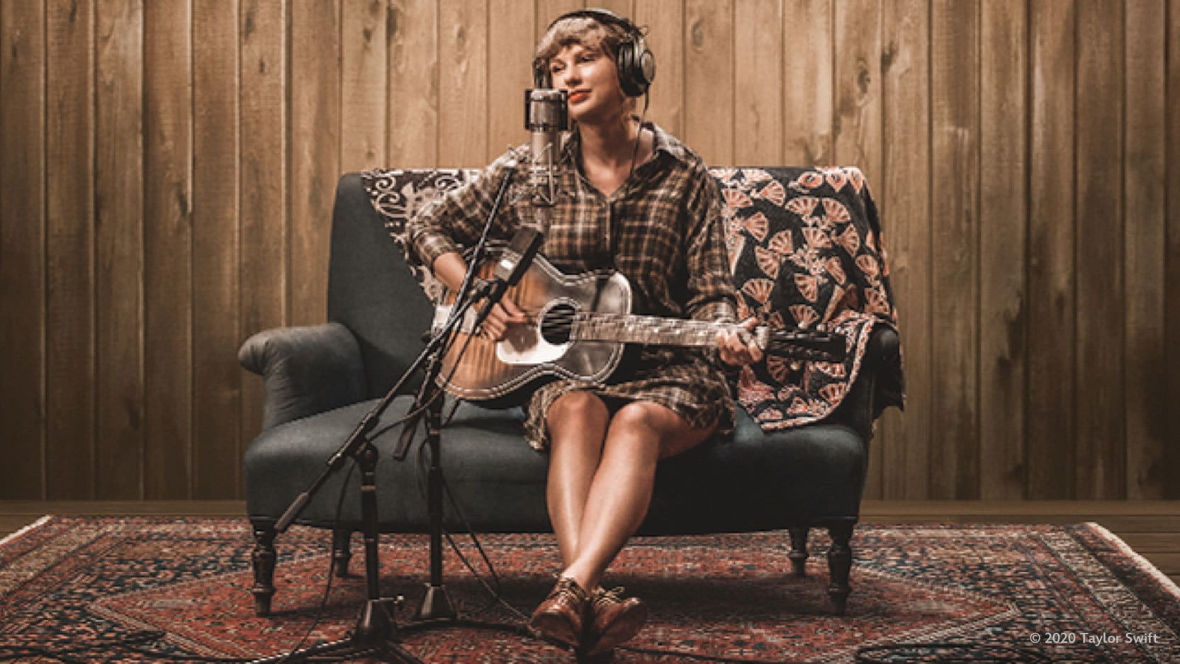"""Taylor Swift releases full performance of Grammy-nominated """"Exile"""" Featuring Justin Vernon (Bon Iver) from """"Folklore: The Long Pond Studio Sessions"""""""