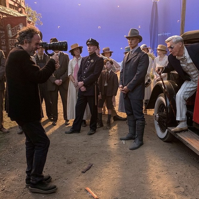 The Cast of Dumbo Reveals What it Was Like to Work With Tim Burton