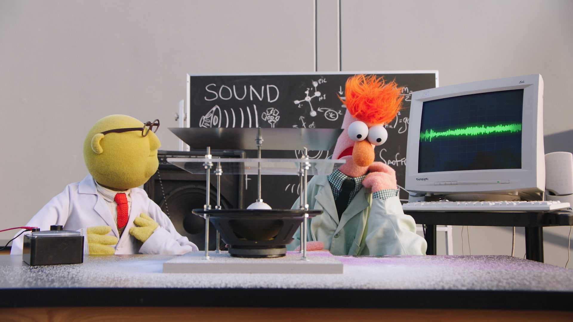 """Dr. Honeydew Bunsen and Beaker in """"Muppets Now,"""" streaming only on Disney+"""