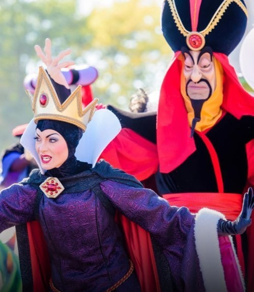 Disneyland Paris | Halloween Article
