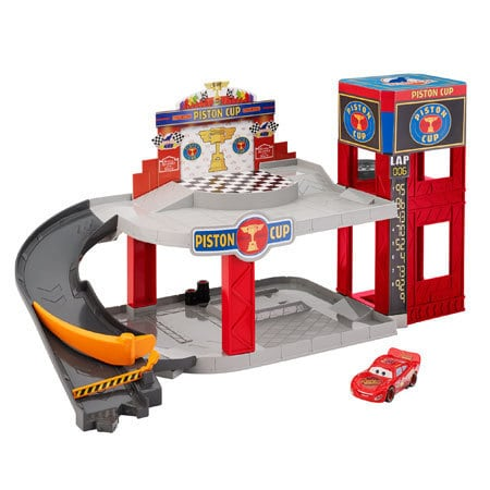 Cars Piston Cup Racegarage