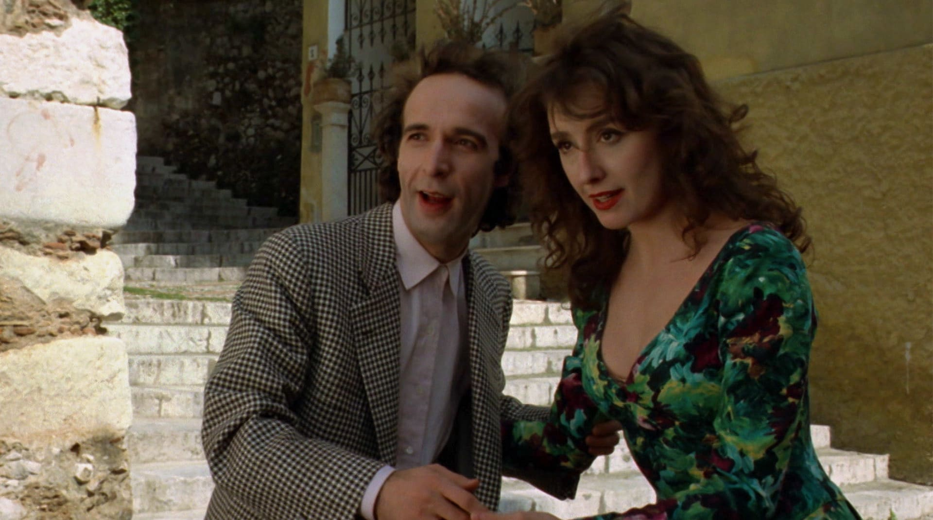 Roberto Benigni in una scena de Il piccolo diavolo
