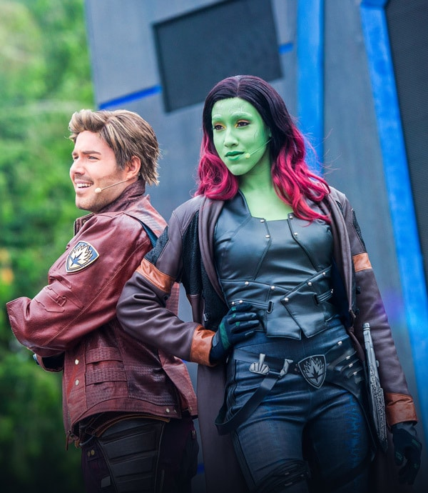 Entertainers in costume as Star Lord and Gamora
