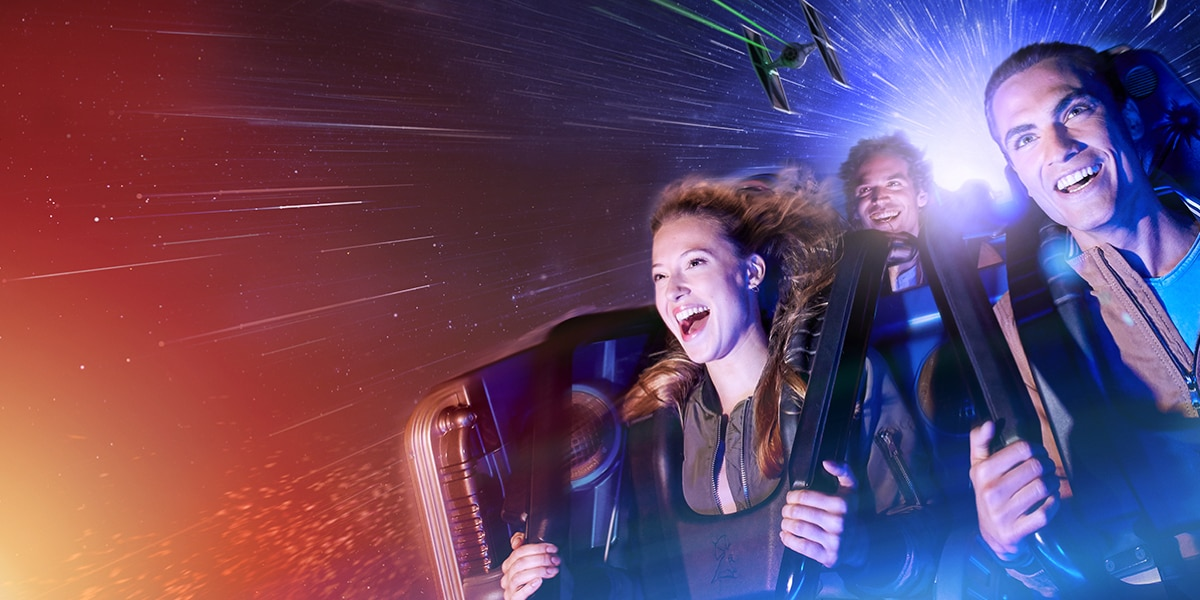 Star Wars Hyperspace Mountain en Disneyland® Paris | Reserva tu estancia