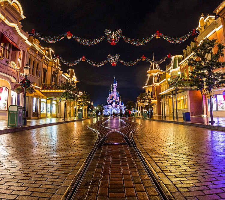Christmas Disneyland Paris L Disney Uk
