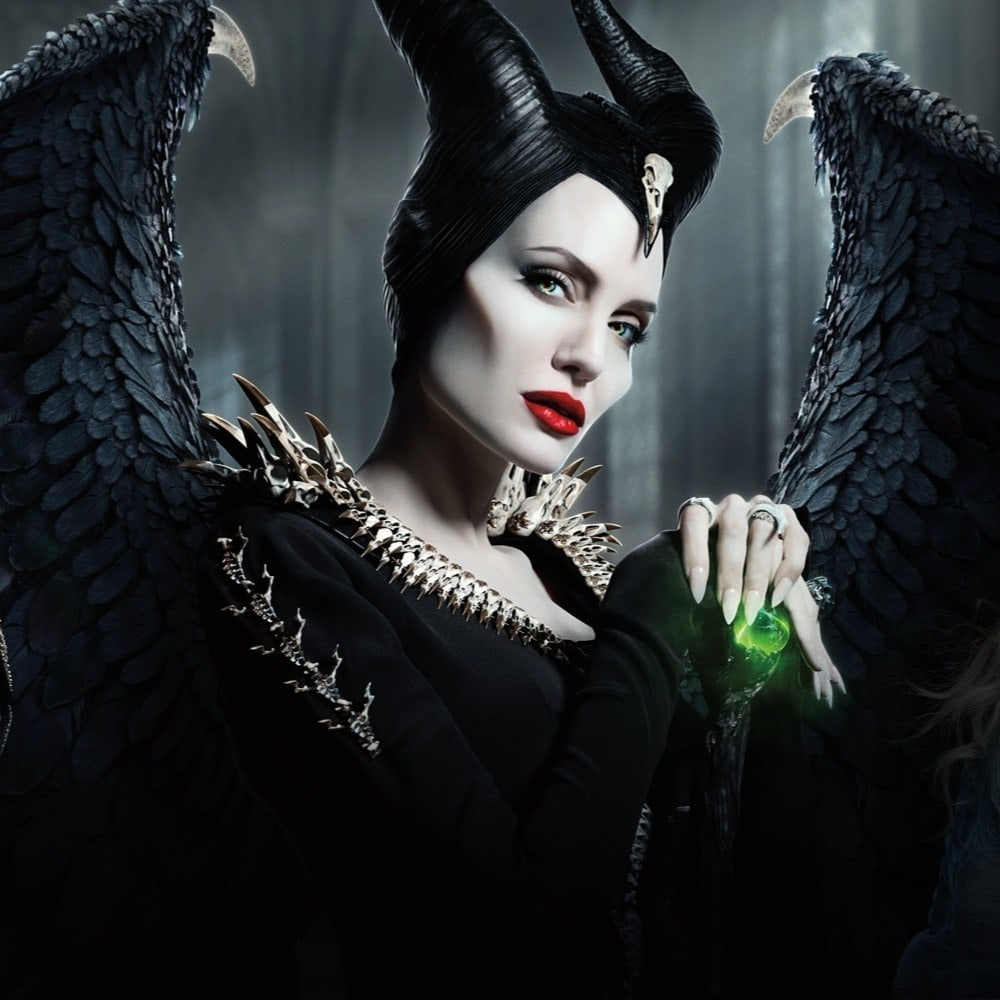 Angelina Jolie interpreta Malefica