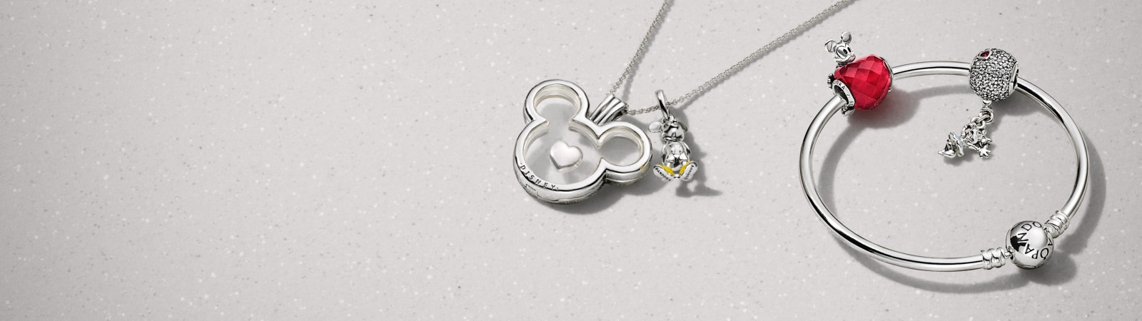 Pandora | Mickey & Minnie Sweetheart | Showcase