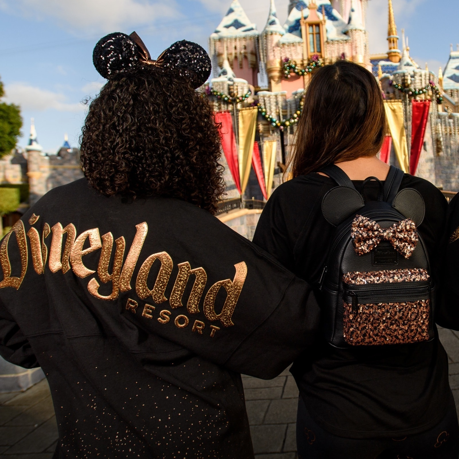 Bronze sequined backpack with Minnie ears and bow