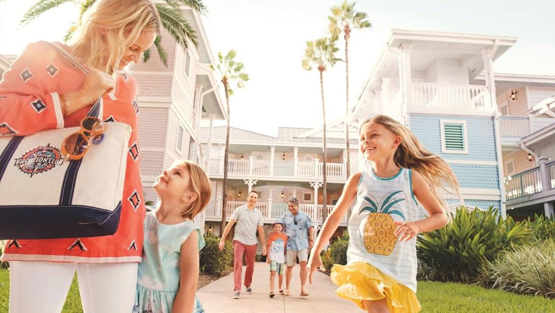 Walt Disney World | Hotel and Ticket