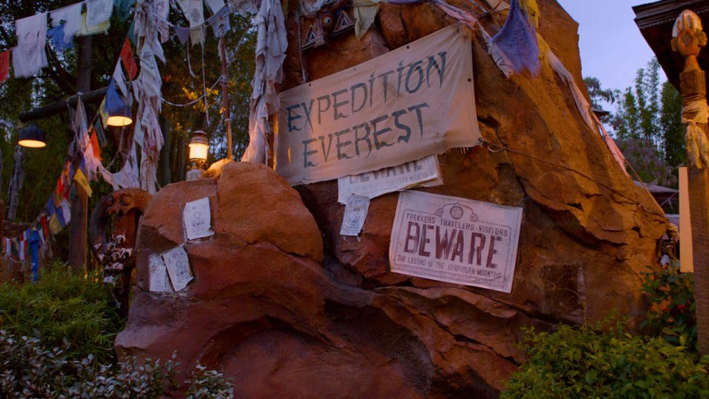 "Viaje a la ""cima del mundo"" con Expedition Everest en Disney's Animal Kingdom"