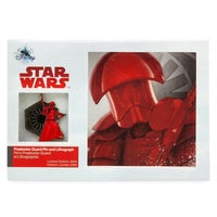 Praetorian Guard Pin & Lithograph Set - Star Wars: The Last Jedi - Limited Edition