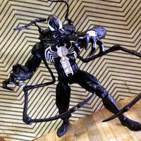 Image of Venom Collector Edition Action Figure - Marvel Select # 2