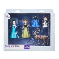 Image of Anna and Elsa Dress Up Figure Set # 2