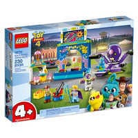 Image of Buzz & Woody's Carnival Mania! Play Set by LEGO - Toy Story 4 # 2