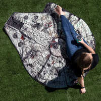 Image of Millennium Falcon Picnic Blanket and Chewbacca Messenger Bag - Star Wars # 2