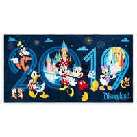 Image of Mickey Mouse and Friends Beach Towel - Disneyland 2019 # 1