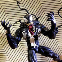 Image of Venom Collector Edition Action Figure - Marvel Select # 6