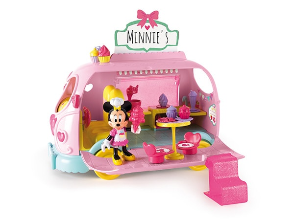 Minnie et son van