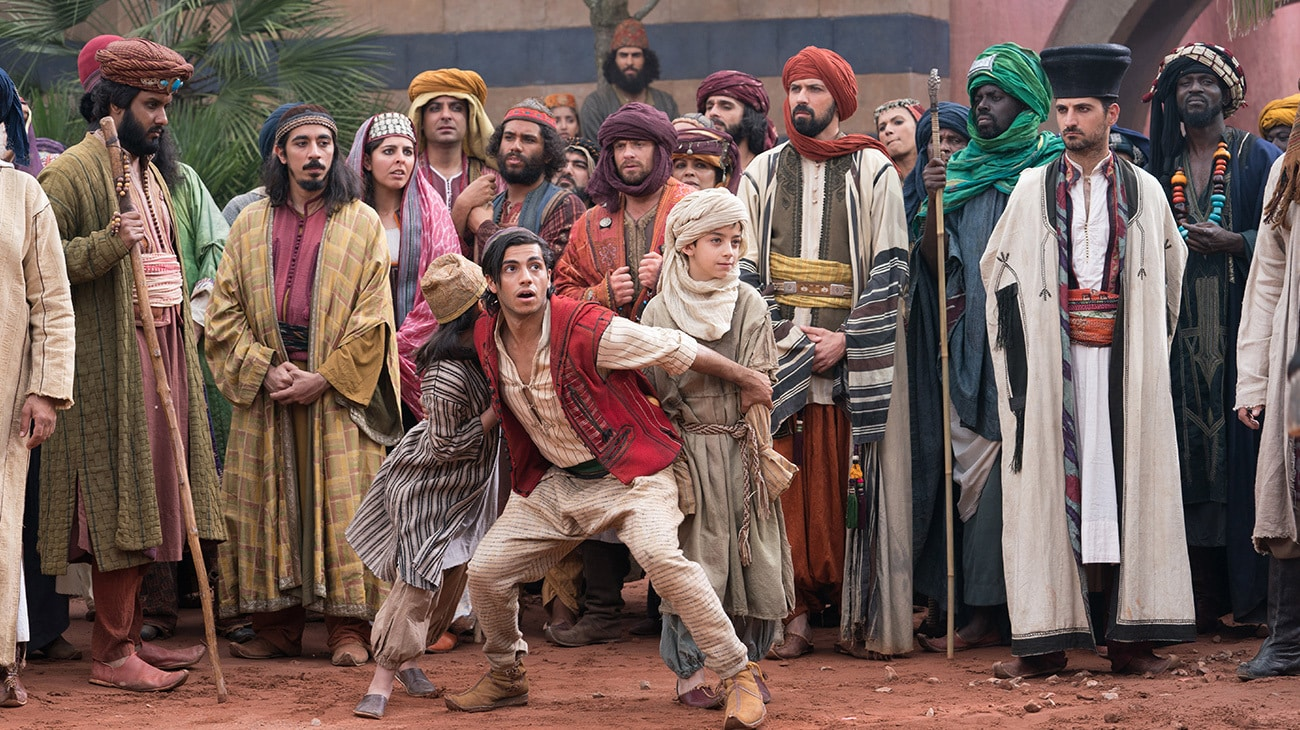 Mena Massoud (as Aladdin) in Aladdin