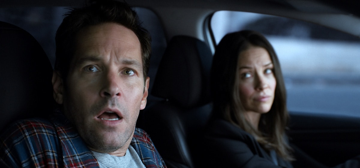 Paul Rudd as Scott Lang and Evangeline Lilly as Hope Van Dyne in the movie Ant-man and the Wasp