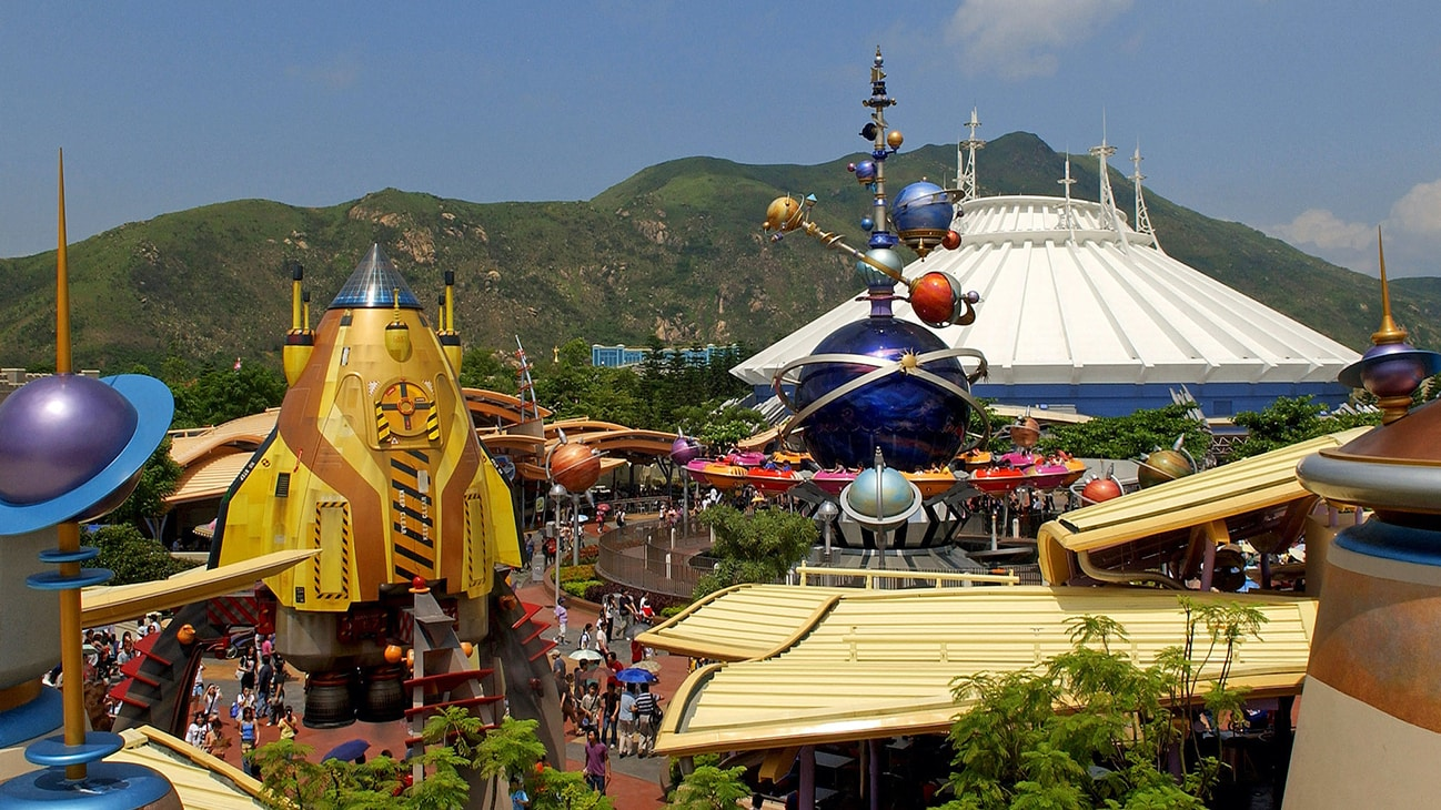 Image of Space Mountain.
