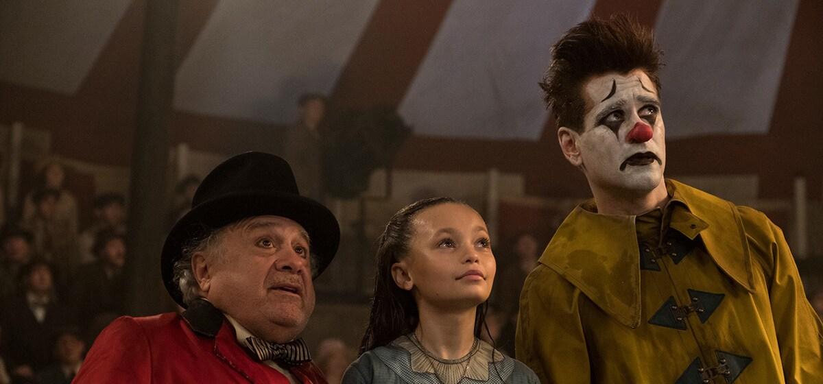 Danny DeVito and Nico Parker in Dumbo