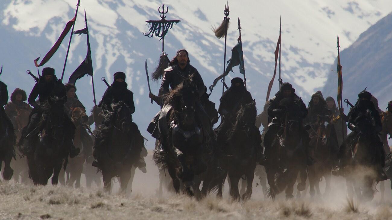 "Jason Scott Lee (Böri Khan) at the head of his army in ""Mulan"""