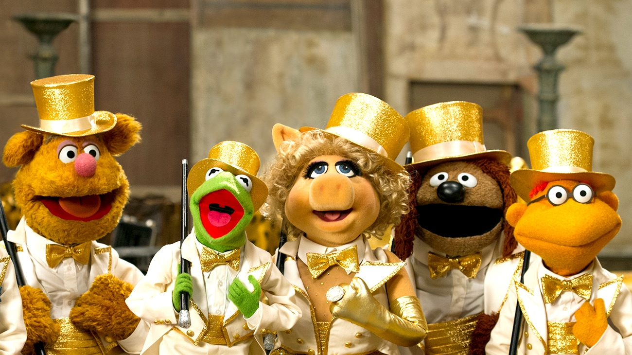 """Kermit and Miss Piggy in """"Muppets Most Wanted"""""""