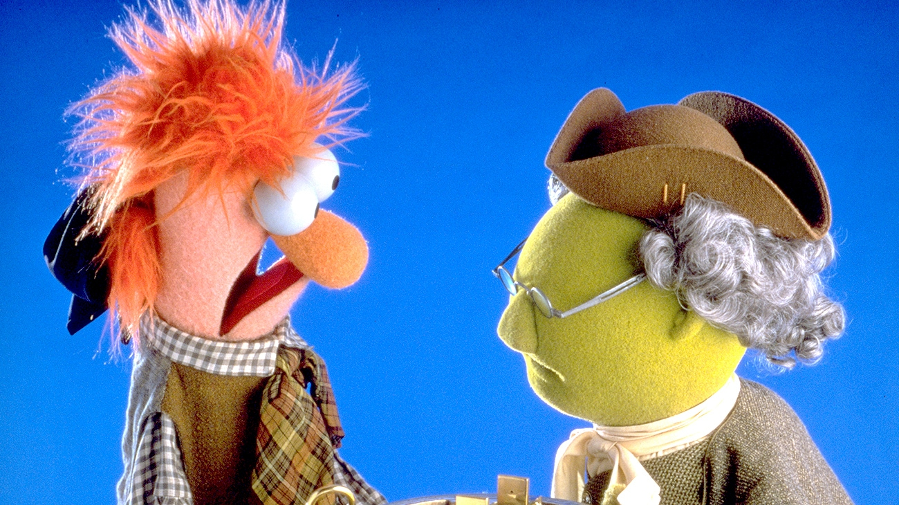 "Beaker and Dr. Bunsen Honeydew in ""Muppet Treasure Island"""