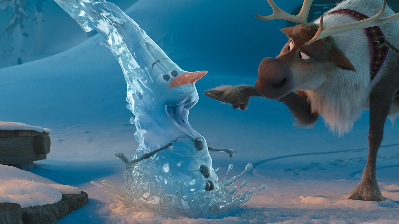 """Kristoff and a frozen Olaf in """"Olaf's Frozen Adventure"""""""