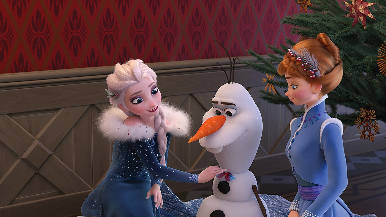 """Olaf, Elsa and Anna in """"Olaf's Frozen Adventure"""""""