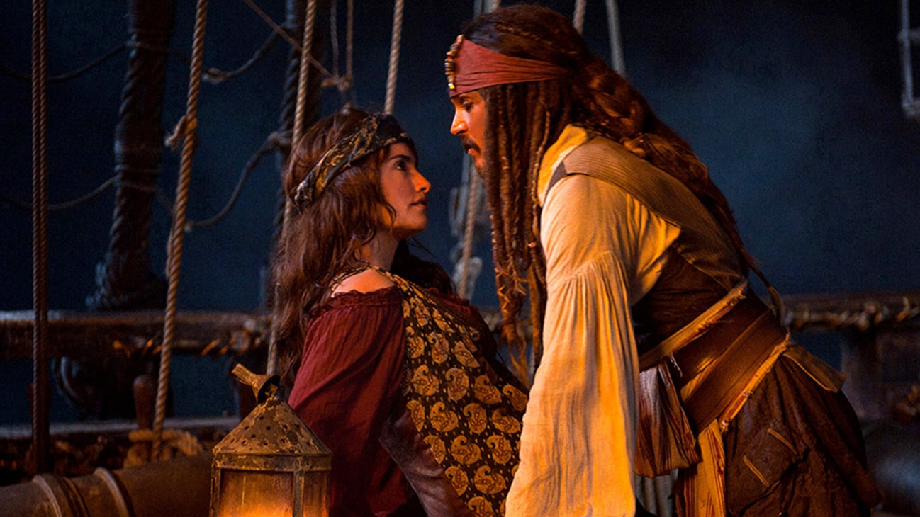 Angelica (Penélope Cruz) and Jack Sparrow (Johnny Depp) in the Disney movie Pirates of the Caribbean: On Stranger Tides.