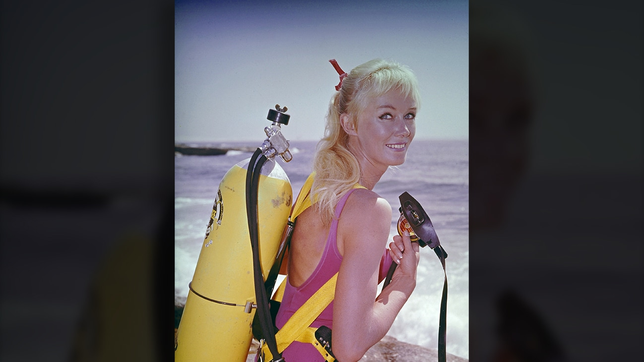 Valerie Taylor with scuba equipment, 1964. (photo credit: Ron & Valerie Taylor)