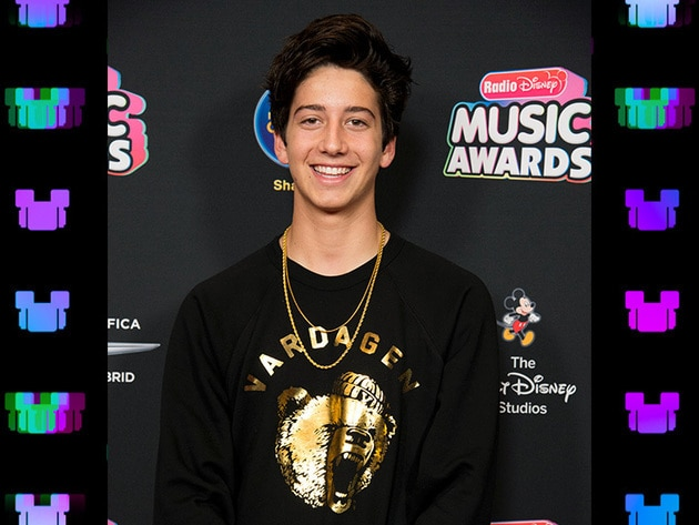 Our favorite Zombie, Milo Manheim, is all smiles before the RDMA!