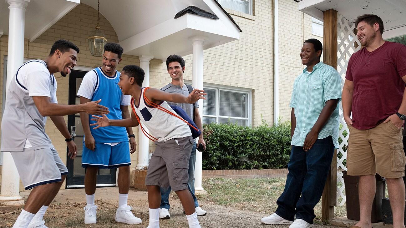 Elijah Shane Bell as Pop, Thaddeus J. Mixson as Fahmarr, Isaac Bell as Fresh, Hunter Sansone as Daniel,