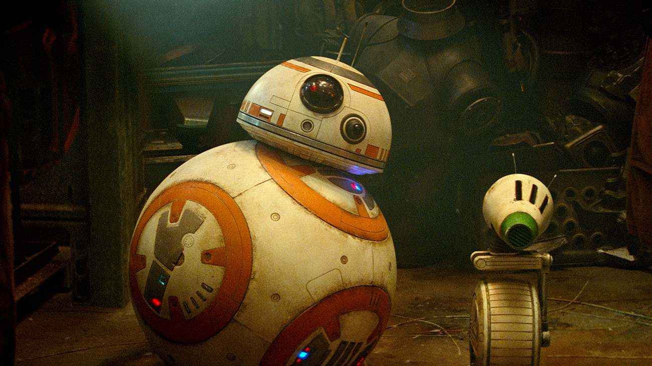 """BB-8 and D-O next to each other surrounded by other droid pieces in """"Star Wars: The Rise of Skywalker"""""""