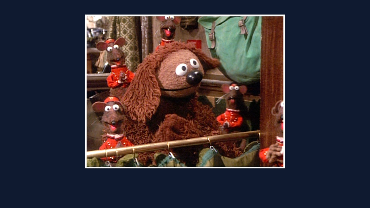 Rowlf and Rizzo the Rat from the Disney movie The Great Muppet Caper.