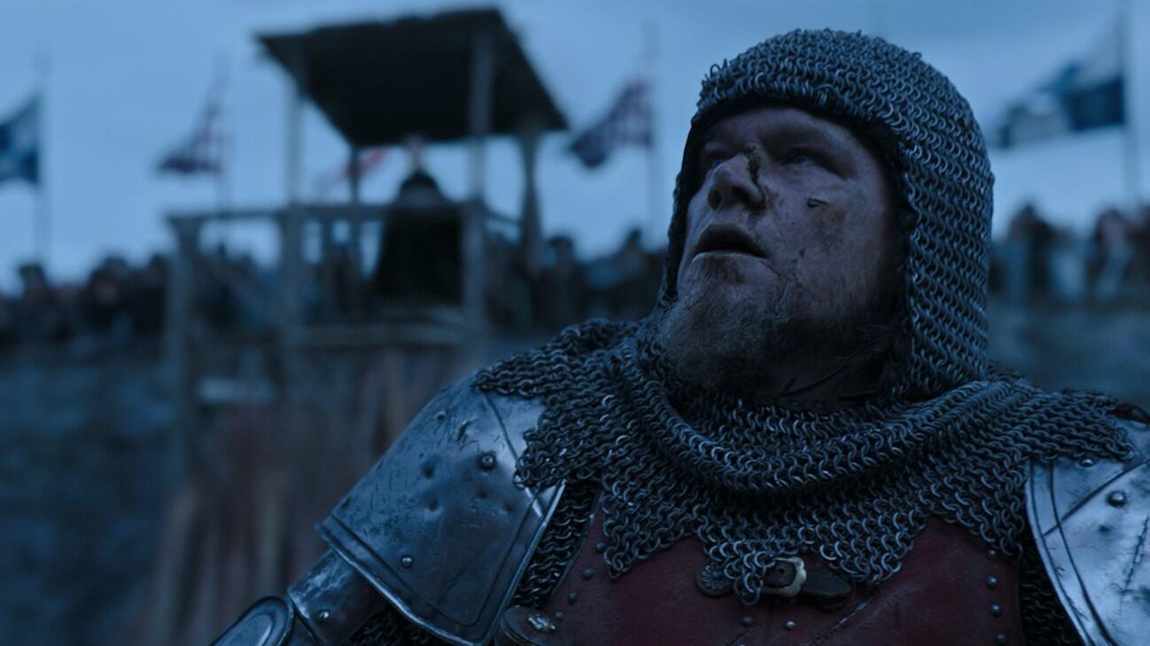 Jean de Carrouges (actor Matt Damon) in medieval armor from the 20th Century Studios movie The Last Duel.