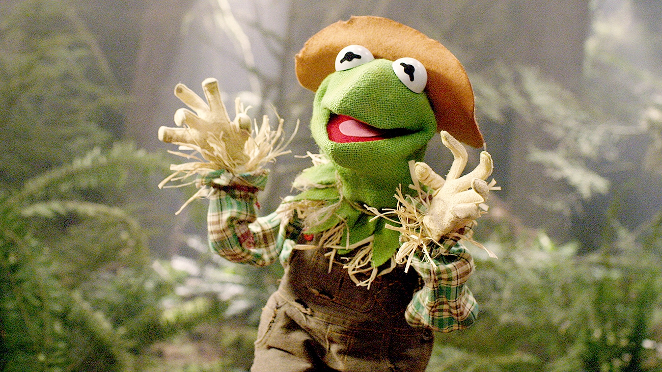 Kermit the Frog as the Scarecrow