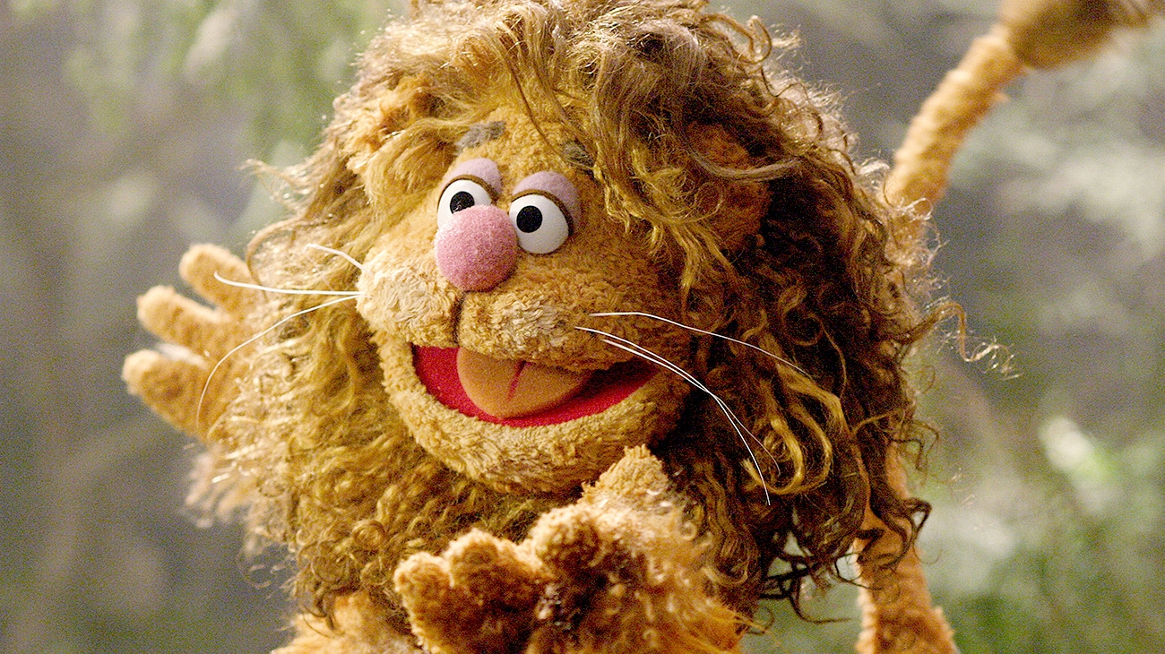 Fozzie the Bear as the Cowardly Lion in the Muppets' Wizard Oz