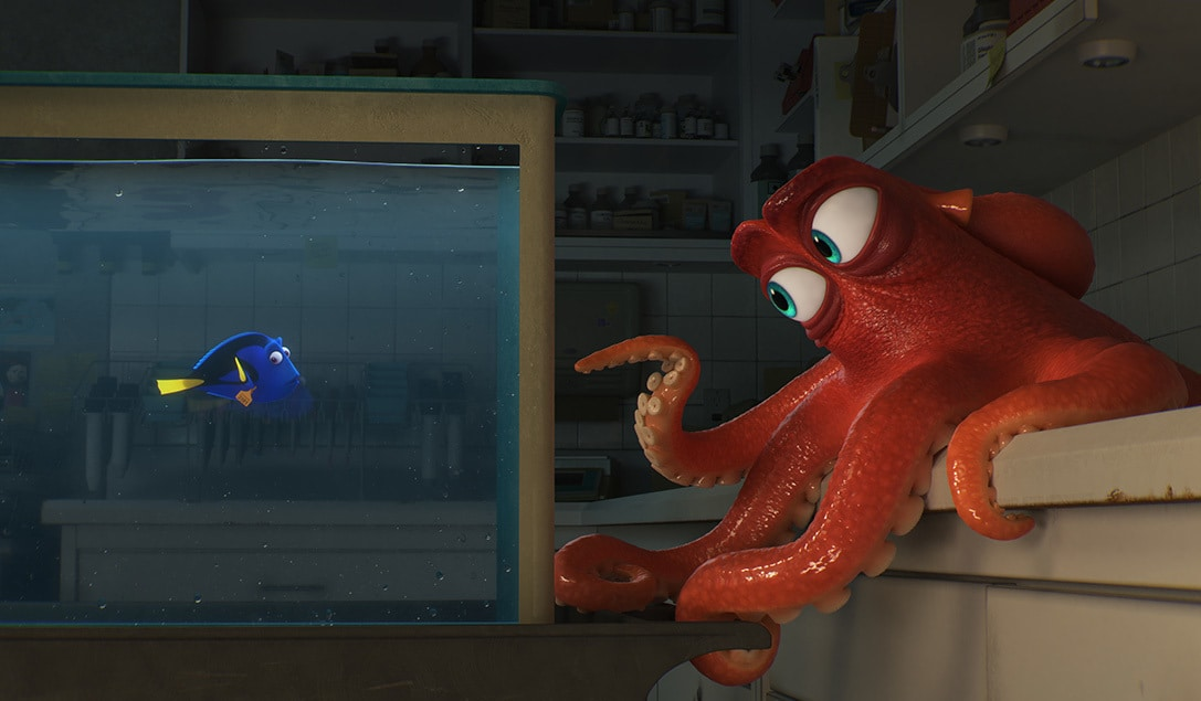"""Dory trapped in an aquarium as Hank tries to get her out in """"Finding Dory"""""""