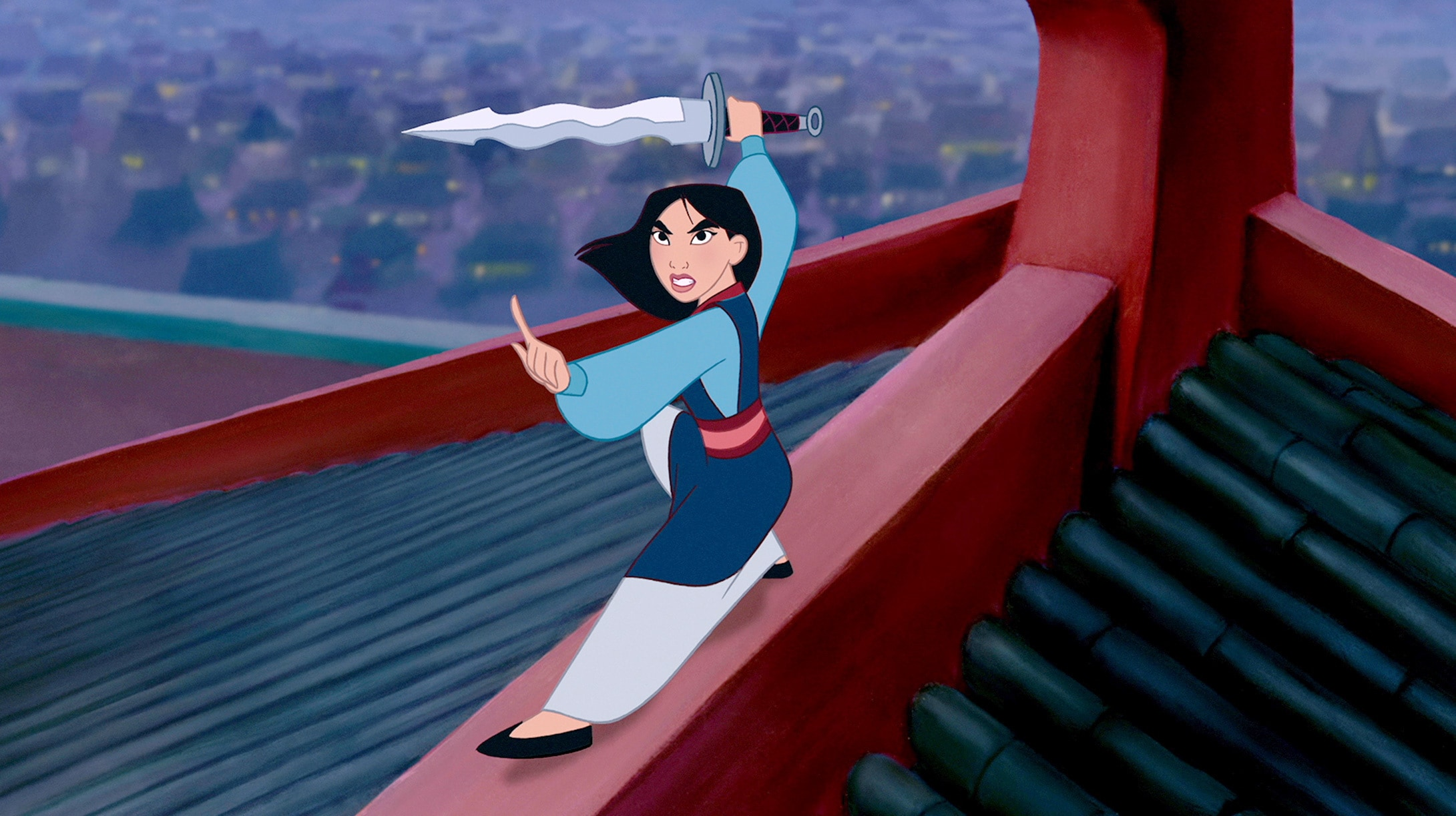 Mulan ready to fight and defeat Shan-Yu