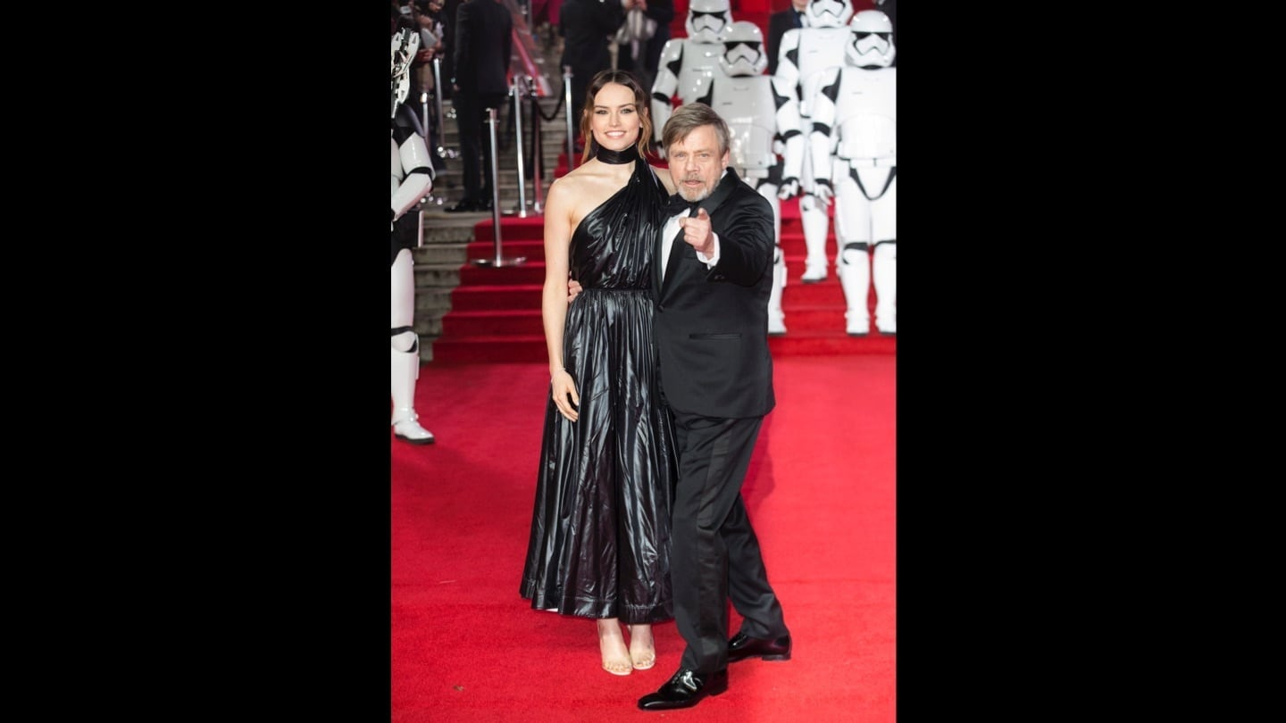 Daisy Ridley and Mark Hamill on the red carpet at the Star: Wars The Last Jedi premiere
